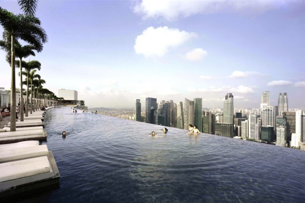 Marina bay sands nowy wymiar luksusu for Tallest swimming pool in the world